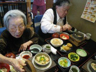 外食と藤祭りイベント