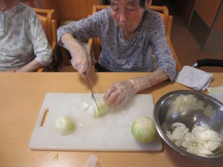 GH菜の花 夕食作り(カレーライス・ポテトサラダ)♪