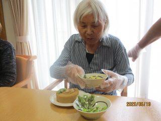 GH菜の花 5月お誕生日会♪