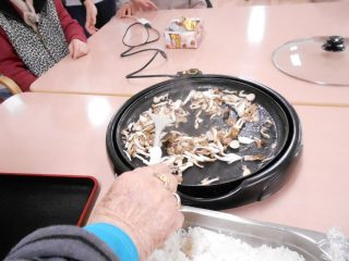 混ぜご飯とアップルパイ