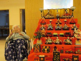ひな壇飾り 万葉の郷